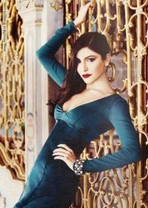 Anushka Sharma hots up Istanbul during shoot
